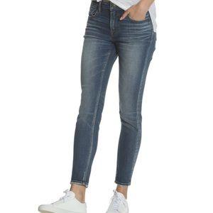 Vigoss Jagger Classic Fit Skinny Jeans